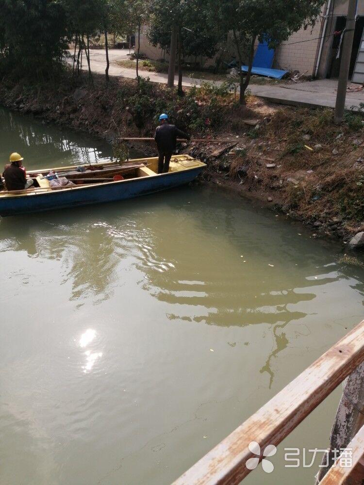 加强河道长效保洁,黄埭创建优美人居环境
